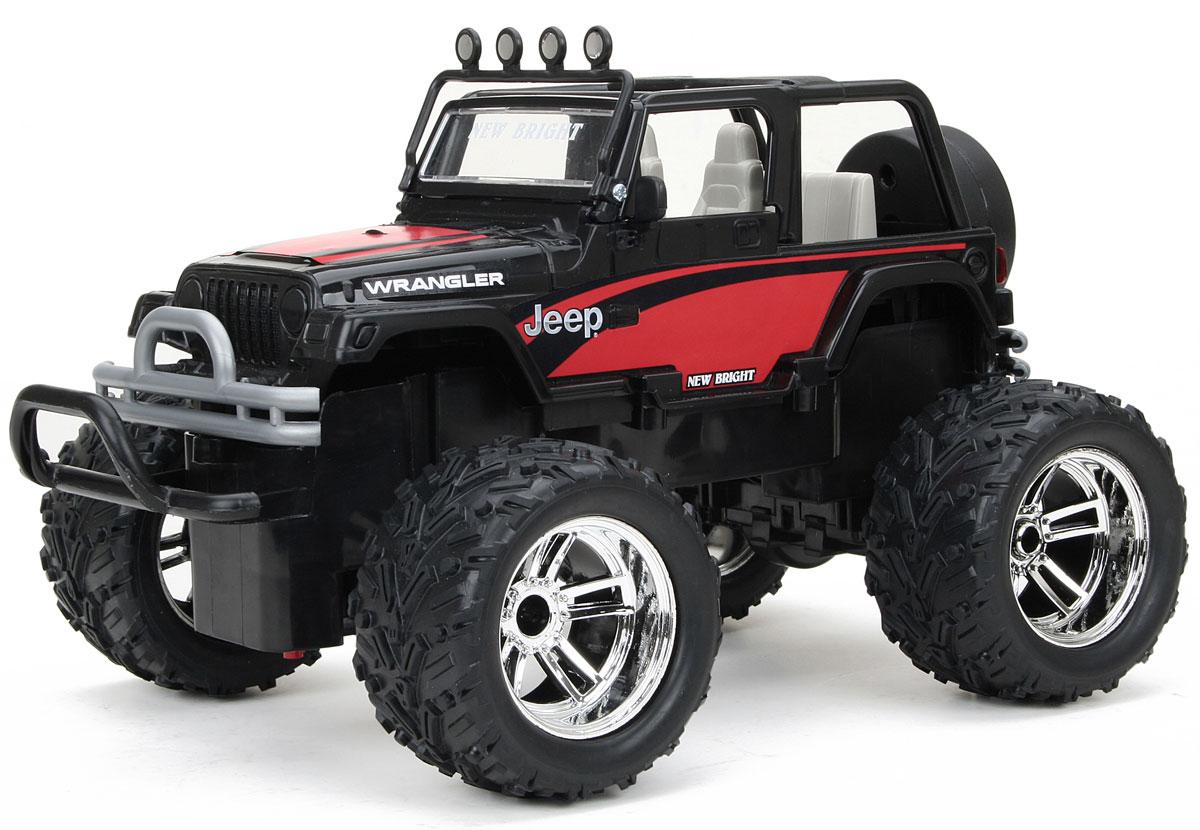 """Культовый американский автомобиль Jeep Wrangler обязательно привлечет ваше внимание. Маневренная и реалистичная уменьшенная копия New Bright """"Jeep Wrangler"""" выполнена с точной детализацией в масштабе 1:16. Управление машиной происходит с помощью пульта. Пульт управления работает на частоте 27 MHz, а радиус его действия составляет 25-30 метров. Внедорожник двигается вперед и назад, поворачивает направо и налево. Колеса игрушки прорезинены и обеспечивают плавный ход, машина не портит напольное покрытие. Радиоуправляемые игрушки способствуют развитию координации движений, моторики и ловкости. Ваш ребенок часами будет играть с моделью, придумывая различные истории и устраивая соревнования. Порадуйте его таким замечательным подарком! Для работы машины необходимо купить 4 батарейки типа АА (не входят в комплект), для работы пульта управления необходимо купить 2 батарейки типа АА (не входят в комплект)."""