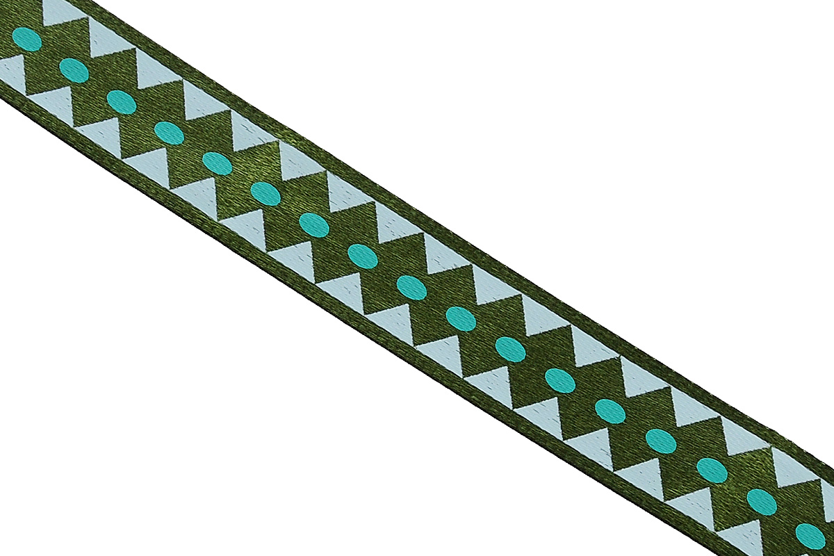 Лента атласная Dekor Line Ромбы, цвет: темно-зеленый, зеленый, 1,5 х 300 смNLED-454-9W-BKАтласная лента Dekor Line Ромбы выполнена из высококачественного полиэстера. Область применения атласной ленты весьма широка. Лента предназначена для оформления цветочных букетов, подарочных коробок, пакетов. Кроме того, она с успехом применяется для художественного оформления витрин, праздничного оформления помещений, изготовления искусственных цветов. Ее также можно использовать для творчества в различных техниках, таких как скрапбукинг, оформление аппликаций, для украшения фотоальбомов, подарков, конвертов, фоторамок, открыток и прочего.Ширина ленты: 1,5 см.Длина ленты: 3 м.