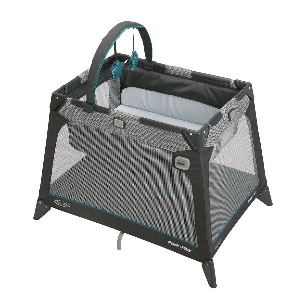 Самая компактная дорожная кроватка идеально подойдет для путешествий с малышом. Компактная конструкция, трапециевидная форма и легкие материалы делают эту кроватку мобильной и практичной. Удобный механизм складывания. С рождения до 3х лет (0-15 кг). Колыбель с рождения до достижения веса 6,5 кг. Механизм вибрации. Мобиль с игрушками в комплекте.