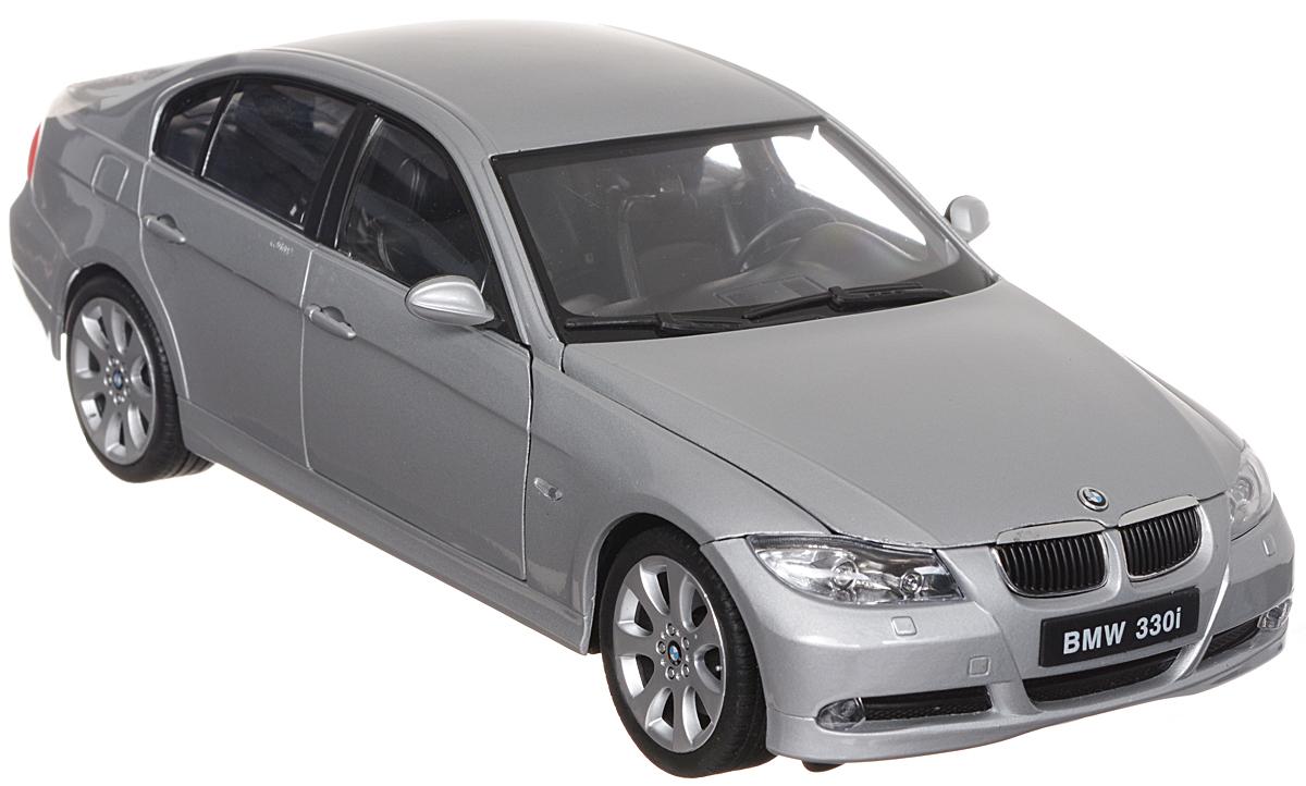 """Стильная модель автомобиля """"BMW 330i"""" привлечет внимание не только ребенка, но и взрослого. Модель является точной уменьшенной копией известного автомобиля, у нее открываются передние двери, а также поднимаются капот и багажник. Колеса машинки поворачиваются вместе с рулем. Корпус машинки выполнен из металла, а шины из настоящей резины. Такая модель станет отличным подарком не только любителю автомобилей, но и человеку, ценящему оригинальность и изысканность, а качество исполнения представит такой подарок в самом лучшем свете."""