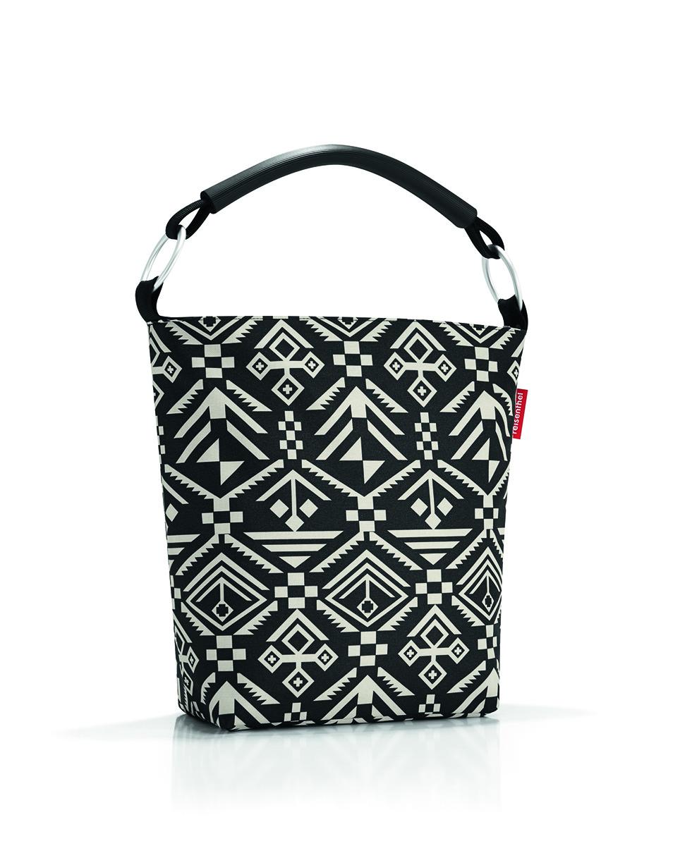 Сумка женская Reisenthel Ringbag, цвет: черный. TV703471069с-2Универсальная женская сумка Reisenthel Reisenthel Ringbag изготовлена из плотного полиэстера, оформлена орнаментом.Сумка содержит одно вместительное отделение, закрывающееся на застежку-молнию. Внутри расположен врезной карман на молнии и два накладных кармашка для мелочей. Изделие дополнено комфортной ручкой, которая надежно закреплена на два пластиковых кольца.Практичная сумка станет незаменимым аксессуаром для повседневного использования.