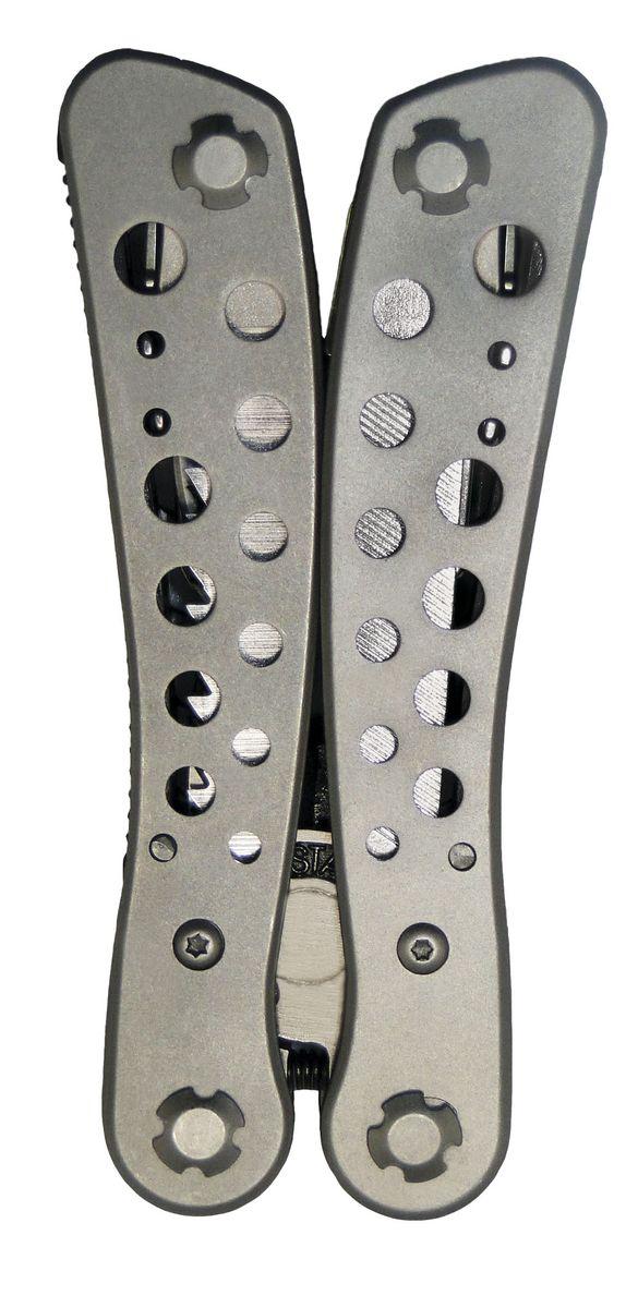 Плоскогубцы Sapfire S-Tech, многофункциональные, с набором бит98298130Плоскогубцы Sapfire S-Tech выполненные из нержавеющей стали. Легкий, многофункциональный комплект с отличным набором функций 8 в 1. В комплект входят: - плоскогубцы, - крестовая отвертка, - пилка для ногтей,- переходник для бит + 9 бит, - нож большой, - нож малый,- открывалка,- пила,- чехол.Длина плоскогубцев: 10,5 см.Размер чехла: 13,5 х 7 см.