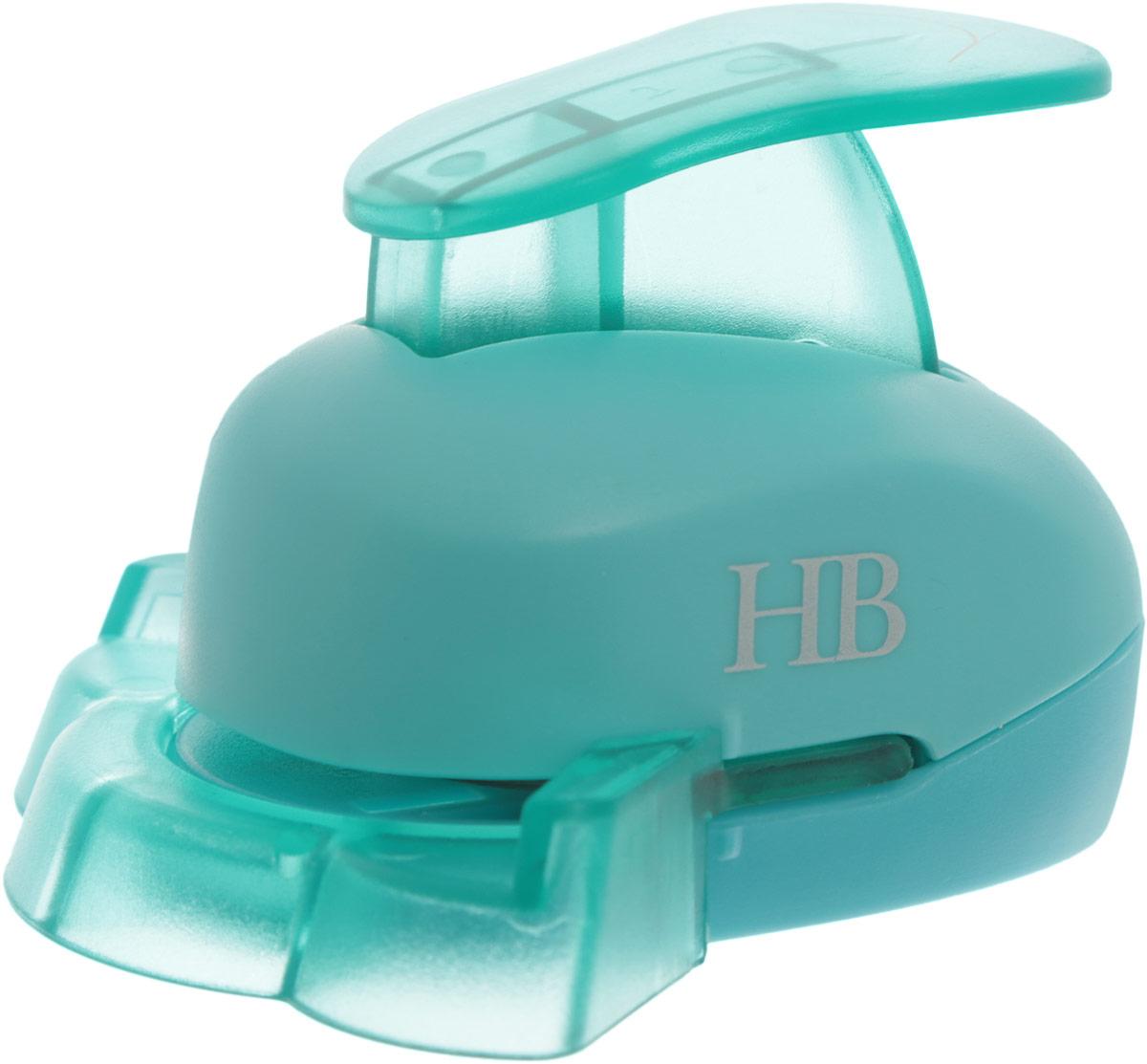Дырокол фигурный Hobbyboom, угловой, цвет: бирюзовый, №47, 2,5 смFS-00102Фигурный угловой дырокол Hobbyboom поможет вам легко, просто и аккуратно вырезать много одинаковых мелких фигурок.Режущие части компостера закрыты пластмассовым корпусом, что обеспечивает безопасность для детей. Вырезанные фигурки накапливаются в специальном резервуаре. Можно использовать вырезанные мотивы как конфетти или для наклеивания. Угловой дырокол подходит для разных техник: декупажа, скрапбукинга, декорирования. Рекомендуемая плотность бумаги - 120-180 г/м2. Размер готовой фигурки: 2,5 см х 1,6 см.