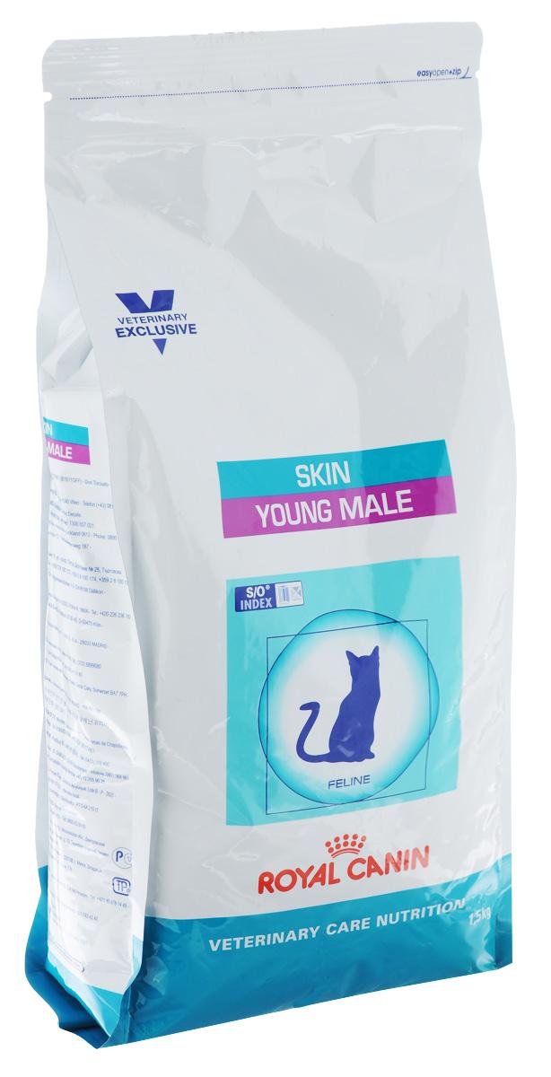 Корм сухой Royal Canin Young Male Skin для молодых кастрированных котов c чувствительной кожей и длинной шерстью с момента операции до 7 лет, 1,5 кг40745Royal Canin Young Male Skin - полнорационный сухой корм для кастрированных котов до 7 лет с повышенной чувствительностью кожи и шерсти.Оптимальный вес:- диета с высоким содержанием белка помогает поддерживать мышечную массу в норме. При одном и том же уровне метаболизма белки дают меньше чистой энергии, чем углеводы. L-карнитин улучшает транспорт жирных кислот в митохондрии. Барьерная функция кожи:- комплекс, состоящий из ниацина, инозита, холина, гистидина и пантотеновой кислоты, уменьшает потерю жидкости через кожу и усиливает ее барьерную функцию. S/O Index :Знак S/O Index на упаковке означает, что диета предназначена для создания в мочевыделительной системе среды, неблагоприятной для образования кристаллов оксалата кальция. Состав: дегидратированные белки животного происхождения (птица), кукуруза, пшеничная клейковина, кукурузная клейковина, рис, животные жиры, гидролизат, белков животного происхождения, растительная клетчатка, свекольный жом, рыбий жир, минеральные вещества, оболочка и семена подорожника, соевое масло, фруктоолигосахариды, масло огуречника аптечного, экстракт бархатцев прямостоячих (источник лютеина). Добавки (в 1 кг): витамин A - 29400 ME, витамин D3 - 800 ME, железо - 38 мг, йод - 3,8 мг, марганец - 49 мг, цинк - 147 мг, сeлeн - 0,08 мг.Содержание питательных веществ: белки - 41%, жиры - 14%, минеральные вещества - 7,9%, клетчатка пищевая - 4,2%, медь - 15 мг/кг. Товар сертифицирован.