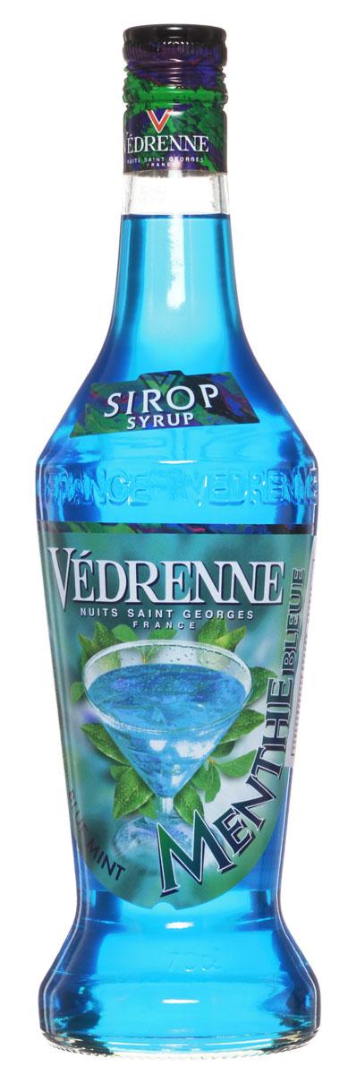 Vedrenne Голубая Мята сироп, 0,7 л0120710Сироп Vedrenne Голубая мята - придется по душе всем любителям освежающих сиропов. На создание этого лакомства производителей вдохновила мексиканская синяя мята или, по-другому лофант. Растение произрастает не только в Мексике, но и в средней полосе и отличается своими яркими сиренево-голубыми цветочками и зелеными лепестками.Сироп Голубая мята будет хорошим дополнением к лимонаду, газированной воде, фруктовому соку, чаю, компоту и даже кофе. Аппетитная консистенция добавит изысканные нотки в любой напиток. Сироп Голубая мята активно используется и в кулинарии, например, им поливают пирожные и торты, добавляют в выпечку и блинчики. Благодаря ему блюда приобретают освежающий вкус с нюансами холодного ментола. Сиропы Vedrenne изготавливаются на основе натурального растительного сырья, фруктовых и ягодных соков прямого отжима, цитрусовых настоев, а также с использованием очищенной воды без вредных примесей, что позволяет выдержать все ценные и полезные свойства натуральных фруктово-ягодных плодов и трав. В состав сиропов входит только натуральный сахар, произведенный по традиционной технологии из сахарозы.Благодаря высокому содержанию концентрированного фруктового сока сиропы Vedrenne обладают изысканным ароматом и натуральным вкусом, являются эффективным подсластителем при незначительной калорийности. Они оптимизируют уровень влажности и процесс кристаллизации десертов, хорошо смешиваются с другими ингредиентами и способствуют улучшению вкусовых качеств напитков и десертов.Сиропы Vedrenne разливаются в стеклянные бутылки с яркими этикетками, на которых изображен фрукт, ягода или другой ингредиент, определяющий вкусовые оттенки того или иного продукта Vedrenne. Емкости с сиропами Vedrenne герметичны и поэтому не позволяют содержимому контактировать с микроорганизмами и другими губительными внешними воздействиями. Кроме того, стеклянные бутылки выглядят оригинально и стильно. Цвет: искрящийся бирюзовый Аромат: ментоловый, бодрящий