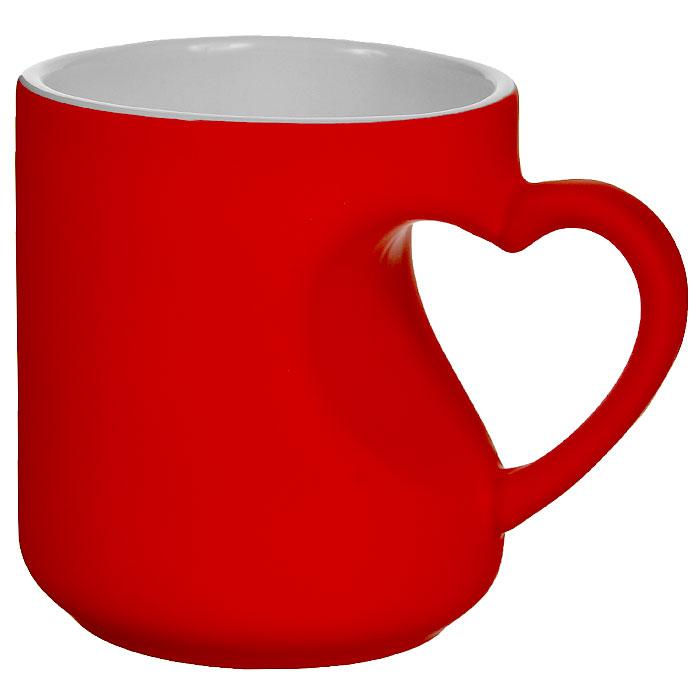 Кружка-хамелеон Эврика Сердце, цвет: красный, 340 мл391602Кружка-хамелеон Сердце, выполненная из высококачественной керамики, станет отличным подарком для человека, ценящего забавные и практичные подарки. Вогнутая стенка кружки с ручкой образует выемку в форме сердца. При наливании в кружку горячего напитка цвет изделия меняется. Такой подарок станет не только приятным, но и практичным сувениром для вас и ваших близких.Диаметр кружки (по верхнему краю): 8,2 см.Высота кружки: 9,2 см.
