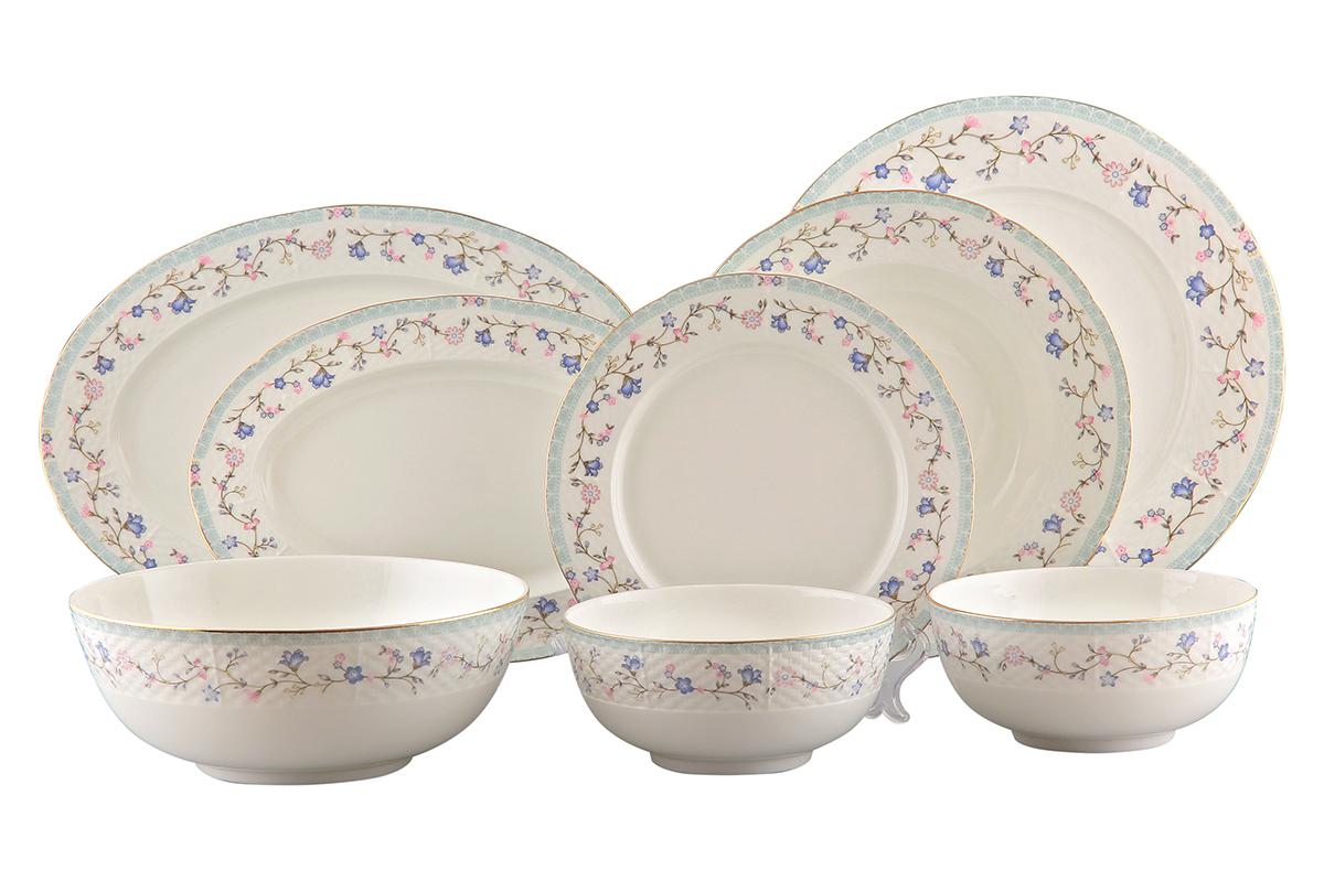 Сервиз столовый Elan Gallery Нежное утро, 23 предмета115510Столовый сервиз Elan Gallery Нежное утро прекрасно впишется в любой классический интерьер. Предметы набора выполнены из высококачественной керамики и оформлены цветочным орнаментом. В набор входят: 6 обеденных тарелок, 6 суповых тарелок, 6 десертных тарелок, 3 салатника и 2 блюда. Набор Elan Gallery Нежное утро прекрасно оформит праздничный стол и удивит вас изысканным дизайном. Не рекомендуется применять абразивные моющие средства. Не использовать в микроволновой печи.Диаметр суповой тарелки (по верхнему краю): 22, см. Высота суповой тарелки: 4,3 см.Диаметр обеденной тарелки (по верхнему краю): 22,5 см. Высота обеденной тарелки: 2 см.Диаметр десертной тарелки (по верхнему краю): 20 см. Высота десертной тарелки: 1,8 см.Размер блюд (по верхнему краю): 26 х 17,8 см; 30,5 х 21,5 см. Высота блюд: 1,8 см; 2 см. Диаметр салатников (по верхнему краю): 15 см; 20,5 см. Высота салатников: 7 см; 8 см. Объем салатников: 400 мл; 1,3 л.