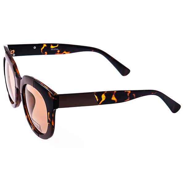 Солнцезащитные очки женские Selena, цвет: коричневый. 80031331INT-06501Солнцезащитные женские очки Selena выполнены из высококачественного пластика с элементами из металла, оправа оформлена принтом леопард.Линзы данных очков с высокоэффективным фильтром UV-400 Protetion обеспечивают полную защиту от ультрафиолетовых лучей. Используемый пластик не искажает изображение, не подвержен нагреванию и вредному воздействию солнечных лучей.Такие очки защитят глаза от ультрафиолетовых лучей, подчеркнут вашу индивидуальность и сделают ваш образ завершенным.