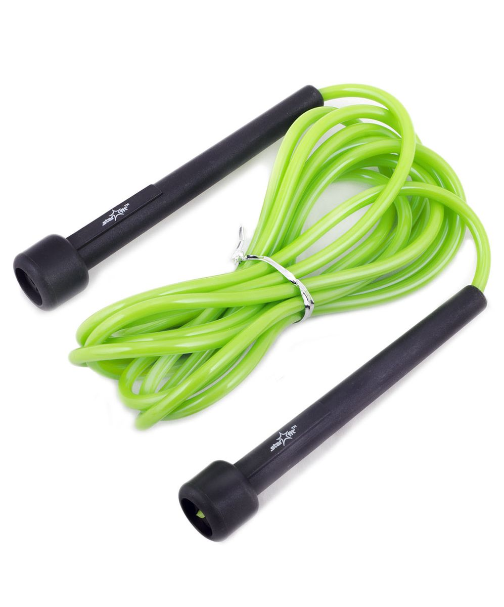 Скакалка Starfit RP-101, цвет: зеленый, черный, длина 3 мSF 0085Скакалка Star Fit RP-101 предназначена для укрепления мышц рук и ног, а также для общей тренировки. Скакалку приятно держать в руках. Трос выполнен из ПВХ, что полезно для тех, кто учится прыгать на скакалке, потому что минимизируется риск нанесения травмы.