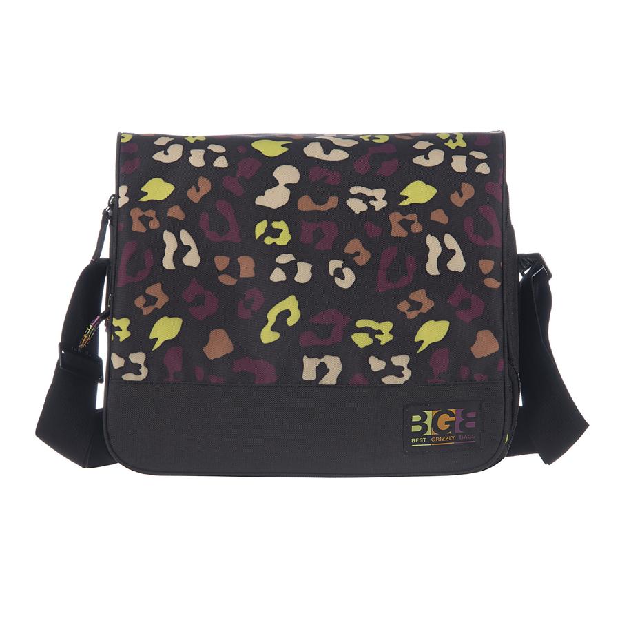 Сумка молодежная Grizzly, цвет: коричневый, 15 л. MD-644-3/4KV996OPY/MМолодежная сумка, два отделения, клапан на липучках, два передних кармана, объемный передний карман на молнии, плоский передний карман на молнии, внутренний карман на молнии, регулируемый плечевой ремень