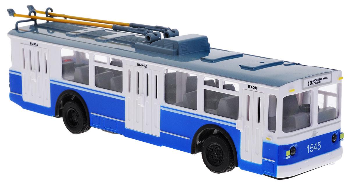 """Троллейбус на радиоуправлении """"ТехноПарк"""", выполненный из безопасных материалов, станет любимой игрушкой вашего малыша. Изделие представляет собой модель городского троллейбуса. У троллейбуса открываются двери, поднимаются и опускаются штанги токоприемника. Троллейбус движется вперед-назад, влево-вправо, горят фары и стоп-сигналы. Ваш ребенок будет часами играть с этой игрушкой, придумывая различные истории. Порадуйте его таким замечательным подарком! Необходимо купить 2 батарейки типа АА для пульта управления и 3 батарейки типа АА для троллейбуса (не входят в комплект)."""