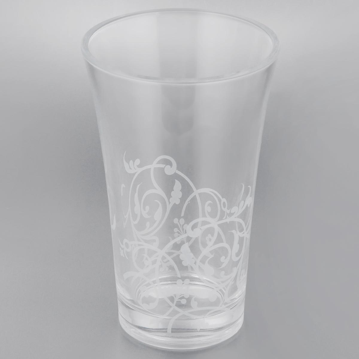 Ваза Cristal dArques Floriday, высота 20 смFS-91909Ваза Cristal dArques Floriday выполнена из прочного высококачественного стекла Diamax, материала высшего качества, разработанного специально для марки Cristal dArques. Все коллекции, выполненные из этого стекла, отличаются высокой стойкостью к ударам при ежедневном использовании, безукоризненной прозрачностью и великолепным сиянием. Изделие декорировано узором, имеет гладкие прозрачные стенки и утолщенное дно.Ваза Cristal dArques Floriday сочетает в себе изысканный дизайн с максимальной функциональностью. Она не только украсит дом и подчеркнет ваш прекрасный вкус, но и станет отличным подарком.Высота: 20 см.Диаметр вазы (по верхнему краю): 12,5 см.Диаметр основания: 8,5 см.