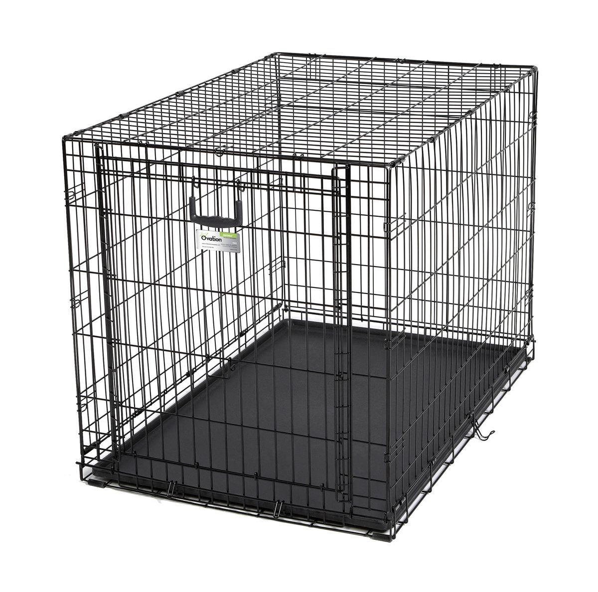 Клетка Midwest Ovation, 1 дверь рельсовая, 111 x 71,7 x 76,8 см06003Клетка Midwest Ovation разработана специально для транспортировки средних и крупных собак. Закругленная угловая защита обеспечивает безопасность питомцам и людям. Клетка из нержавеющей стали оснащена: - одной рельсовой дверкой (открывается вверх); - безопасным двойным замком (задвижка закрывает и снаружи и внутри); - прочным пластиковым поддоном, который не повреждает поверхность, на которой размещается; - разделяющей панелью, обеспечивающей создание универсальных отсеков; - качественными ручками для переноски питомца.Размер клетки (ДхШхВ): 111 x 71,7 x 76,8 см. Вес конструкции: 15,8 кг.Товар сертифицирован.