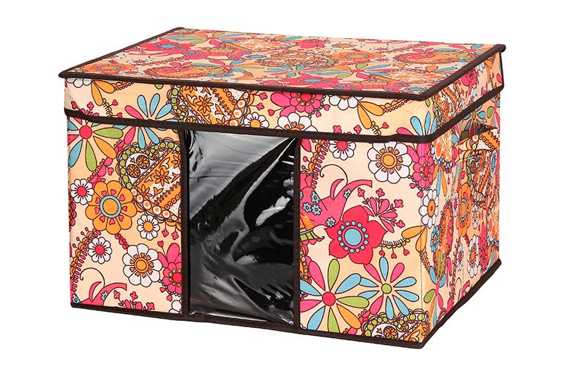 Кофр для хранения El Casa Яркие цветочные узоры, складной, 45 х 36 х 30 см840045Компактный складной кофр E Casa Яркие цветочные узоры изготовлен из высококачественного полиэстера, который обеспечивает естественную вентиляцию, позволяя воздуху проникать внутрь, но не пропуская пыль. Вставка и стенки из плотного картона хорошо держат форму. Кофр оснащен 2 удобными ручками, которые позволяют использовать его в качестве выдвижного ящика в гардеробе или шкафу. Изделие закрывается откидной крышкой. Прозрачная вставка из ПВХ позволяет легко просматривать содержимое. Оригинальный дизайн сделает вашу гардеробную красивой и невероятно стильной.Размер кофра (в собранном виде): 45 х 36 х 30 см.