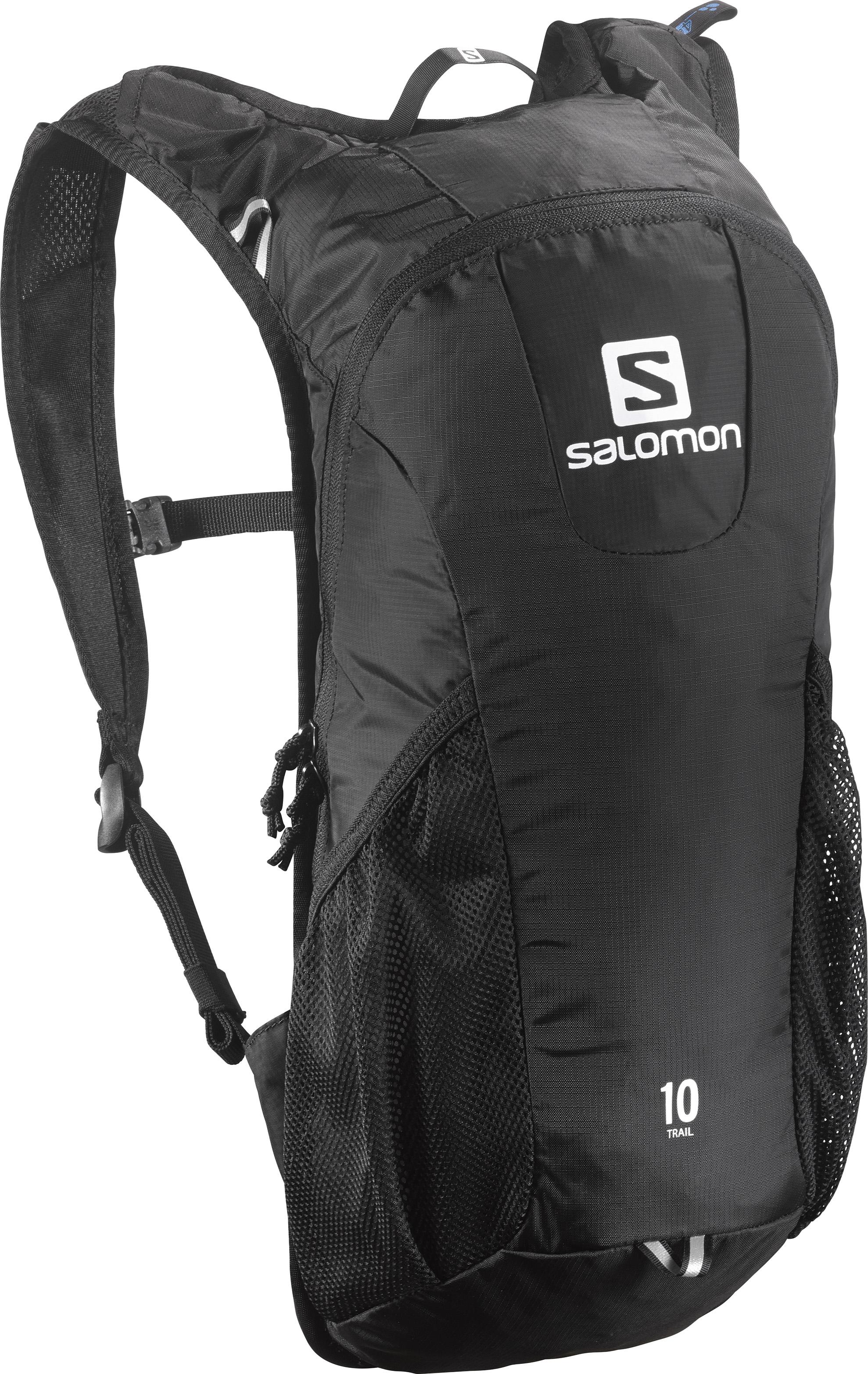 Рюкзак спортивный Salomon Trail 10, цвет: черный. L379976006677204410Рюкзак Salomon Trail 10 выполнен из высококачественного полиамида. Рюкзак имеет одно вместительное отделение и закрывается на застежку-молнию. Рюкзак оснащен мягкими удобными лямками, длина которых регулируется с помощью пряжек. Изделие дополнено удобной ручкой для переноски или подвешивания. На внешней стороне расположены два открытых кармана-сетки. У рюкзака имеется Отделение для гидратора с системой фиксации, система дополнительной подвески и светоотражающие элементы. Полюбившийся бегунам рюкзак Trail 10 получил новый обтекаемый силуэт. Сбалансированное распределение нагрузки, простота в использовании, быстрый доступ в основное отделение, удобные набедренные карманы. Идеально подходит для забегов на средние дистанции и однодневных походов по любым маршрутам.