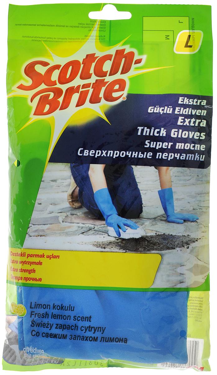 Перчатки Scotch Brite, сверхпрочные, цвет: синий. Размер L2104_зеленыйЭкстрапрочные резиновые перчатки Scotch Brite с уплотненными кончиками пальцев и с приятным ароматом лимона, подходят для чувствительной кожи рук. Они защищают кожу рук при работе с бытовой химией, предохраняют от загрязнения и влаги, они идеально подходят для стирки уборки, и прочих работ по хозяйству. Перчатки удобные, принимают форму ладони, пористая поверхность лицевой стороны перчаток позволяет легко и уверенно держать необходимый предмет.