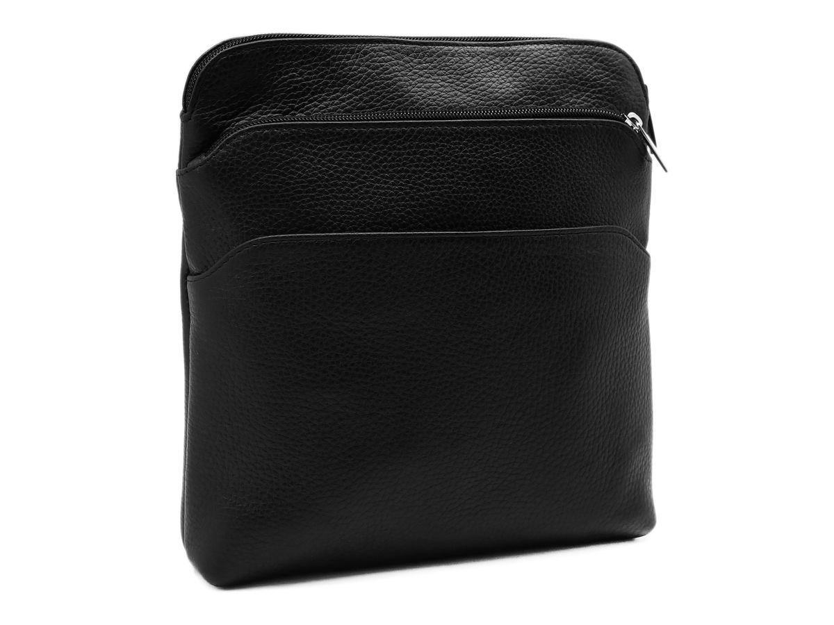 Сумка мужская Alexandr, цвет: черный. П-32/633-47660-00504Стильная мужская сумка Alexandr изготовлена из натуральной кожи с зернистой фактурой, оформлена металлической фурнитурой.Изделие содержит одно отделение, которое закрывается на застежку-молнию. Внутри расположен врезной карман на молнии. На лицевой стороне расположены: накладной карман на молнии и накладной карман на магнитной кнопке. Изделие оснащено наплечным ремнем, длина которого регулируется при помощи пряжки.Практичный аксессуар вместит в себя все необходимое и позволит сохранить ваши документы.