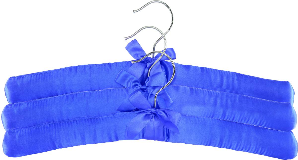 Набор вешалок для одежды Home Queen, цвет: синий, 3 штZ-0307Набор Home Queen состоит из трех вешалок, изготовленных из дерева и текстиля. Вешалки идеально подойдут для деликатной одежды из шерсти и нежных тканей. Набор Home Queen станет практичным и полезным в вашем гардеробе. С ним ваша одежда избежит ненужных растяжек и провисаний. Комплектация: 3 шт.Размер вешалки: 38 х 3,5 х 11,5 см.