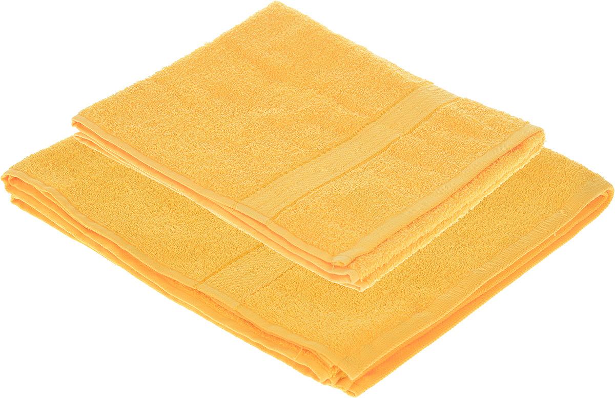 Набор махровых полотенец Aisha Home Textile, цвет: желтый, 2 шт. УзТ-НПМ-102-21391602Набор Aisha Home Textile состоит из двух махровых полотенец разного размера. В состав входит только натуральное волокно - 100% хлопок. Лаконичные бордюры подойдут для любого интерьера ванной комнаты. Полотенца прекрасно впитывают влагу и быстро сохнут. При соблюдении рекомендаций по уходу не линяют и не теряют форму даже после многократных стирок.Комплектация: 2 шт.