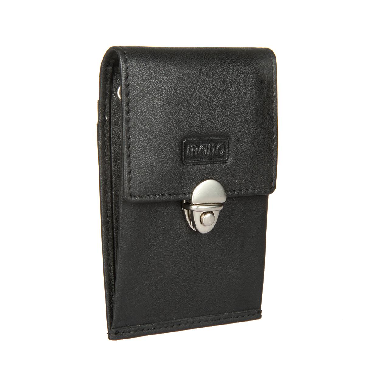 Ключница Mano, цвет: черный. 1342539864|Серьги с подвескамиОригинальная ключница Mano изготовлена из натуральной кожи, оформлена тиснением в виде логотипа бренда.Ключница закрывается клапаном на замок-защелку и внутри содержит два кольца для ключей. На задней стороне расположены три кармашка для пластиковых карт.Компактная ключница станет отличным подарком для человека, ценящего качественные и необычные вещи.