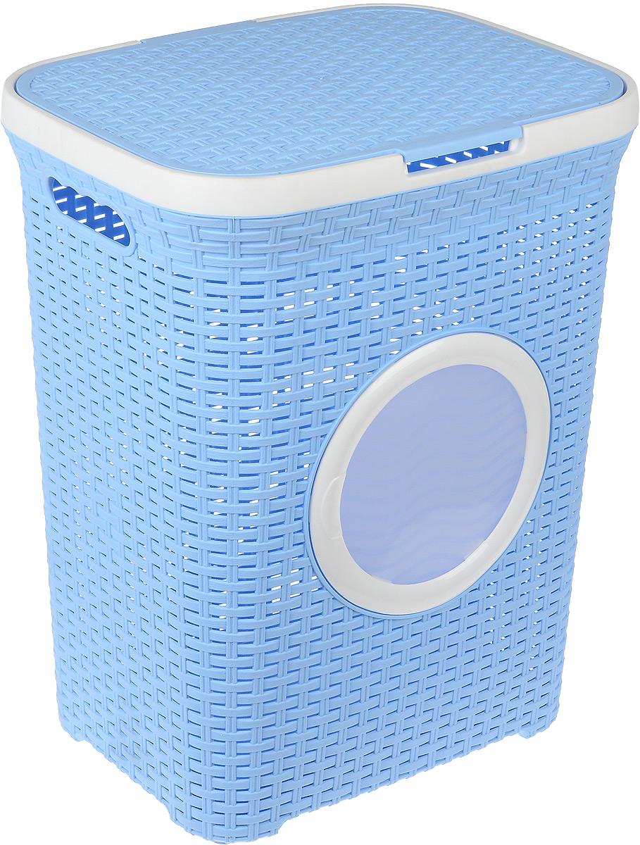 Корзина для белья Violet, с крышкой, цвет: белый, голубой, 60 л68/5/3Вместительная корзина для белья Violet  изготовлена из прочного цветного пластика и декорирована отверстием в виде иллюминатора. Она отлично подойдет для хранения белья перед стиркой.Специальные отверстия на стенках создают идеальные условия для проветривания. Изделие оснащено крышкой и двумя эргономичными ручками для переноски. Такая корзина для белья прекрасно впишется в интерьер ванной комнаты.