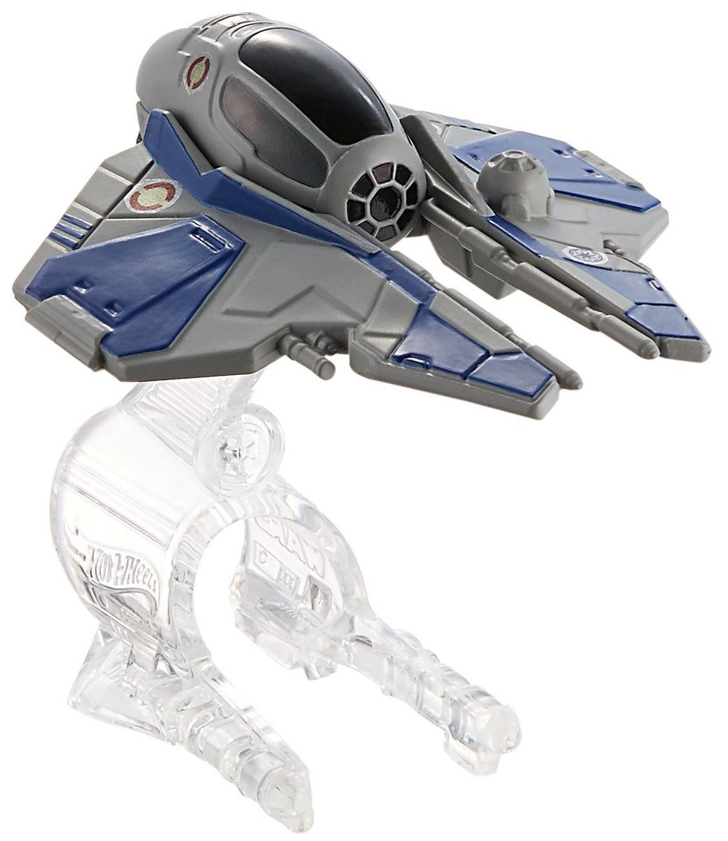 """Звездный корабль Hot Wheels """"Jedi Starfighter"""" непременно приведет в восторг поклонника фантастической саги """"Звездные воины"""". В комплекте звездный корабль и подставка. Надевайте на руку устройство Flight Navigator и запускайте корабль в полет по комнате, прямо как в гиперпространстве, или устраивайте яростные космические сражения. Flight Navigator можно также использовать как подставку для игрушек. Звездолеты совместимы с игровыми наборами Hot Wheels Star Wars (продаются отдельно). Порадуйте своего ребенка такой необычной игрушкой!"""