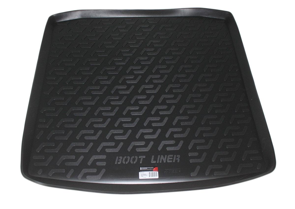Коврик в багажник L.Locker, для Volkswagen Golf IV Variant (-06)FS-80264Коврик L.Locker производится индивидуально для каждой модели автомобиля из современного и экологически чистого материала. Изделие точно повторяют геометрию пола автомобиля, имеет высокий борт, обладает повышенной износоустойчивостью, антискользящими свойствами, лишен резкого запаха и сохраняет свои потребительские свойства в широком диапазоне температур (от -50°С до +80°С).
