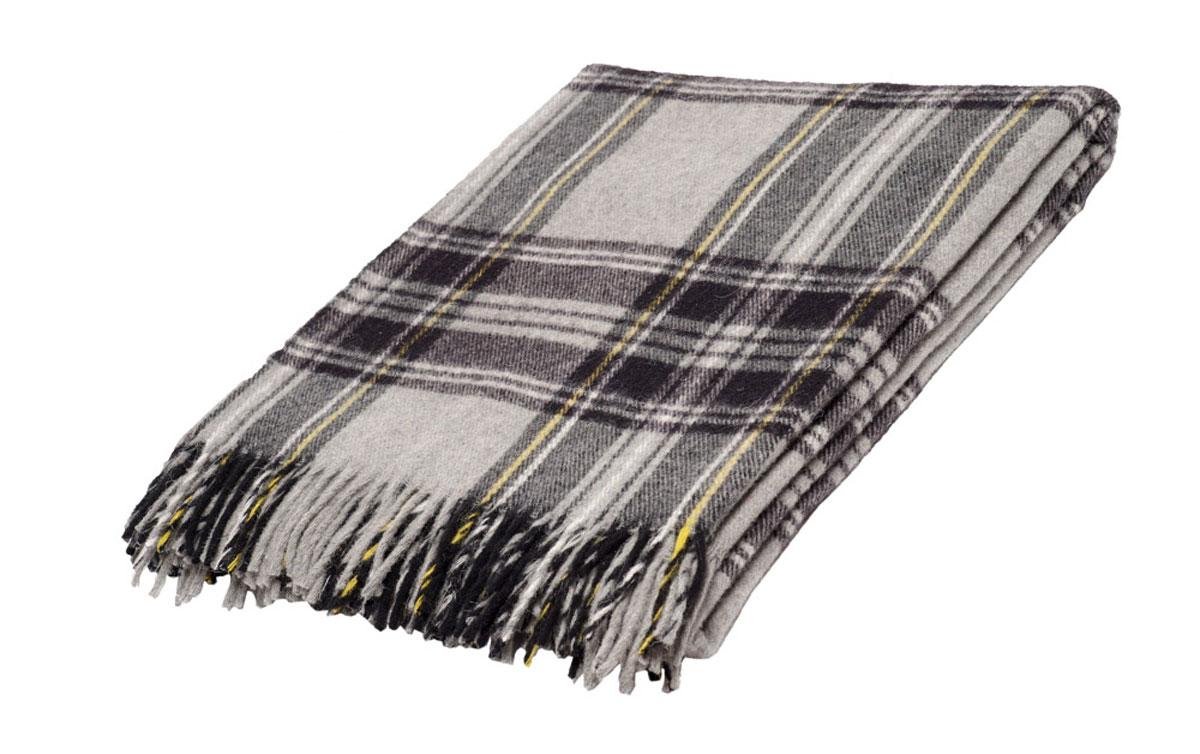 Плед Торговый Дом Руно Шотландия, 170 х 200 см. 1-282-170 (43)S03301004Мягкий плед Руно Шотландия, выполненный из натуральной кроссбредной овечьей шерсти, добавит комнате уюта и согреет в прохладные дни. Удобный размер этого очаровательного изделия позволит использовать его и как одеяло, и как покрывало для кресла или софы.Плед Руно Шотландия украсит интерьер любой комнаты и станет отличным подарком друзьям и близким!Размер пледа: 170 x 200 см.
