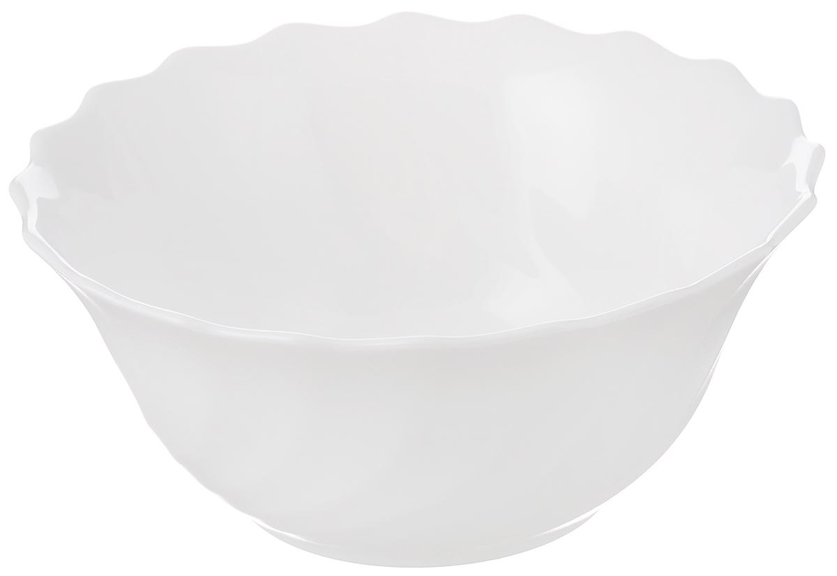 Салатник Luminarc Trianon, диаметр 12 см115510Салатник Luminarc Trianon выполнен из ударопрочного стекла. Универсальный дизайн легко впишется в любой интерьер. Простота форм и белоснежный цвет выгодно подчеркнут изысканность ваших блюд. Салатник Luminarc Trianon идеально подойдет для сервировки стола и станет отличным подарком к любому празднику.Диаметр (по верхнему краю): 12 см.