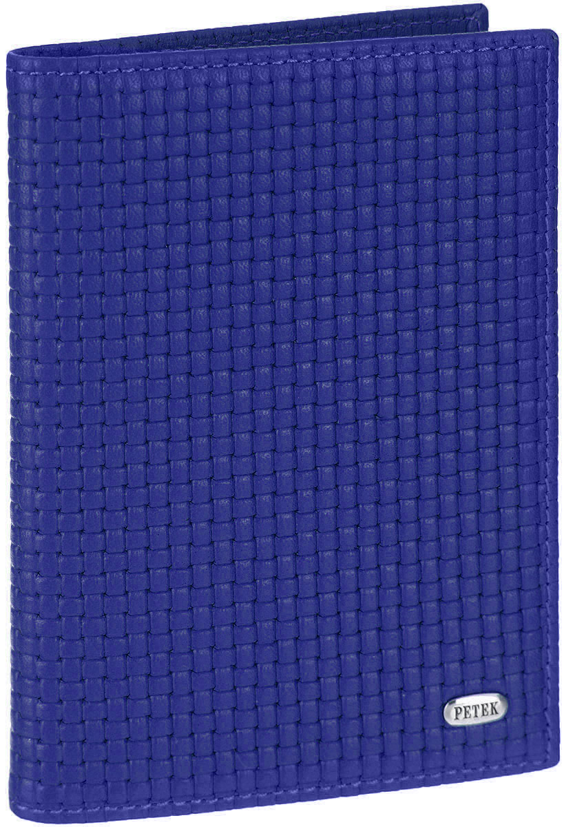Обложка для автодокументов Petek 1855, цвет: ярко-синий. 584.020.81993224Обложка для автодокументов Petek изготовлена из натуральной кожи с оригинальным фактурным тиснением, оформлена металлической фурнитурой с символикой бренда.Изделие раскладывается пополам. Внутри расположены четыре прорезных кармана для кредитных карт, сетчатый кармашек, потайной кармашек, вкладыш для автодокументов, состоящий из шести файлов, один из которых формата А5. Изделие поставляется в фирменной упаковке.Обложка для автодокументов поможет сохранить внешний вид ваших документов и защитить их от повреждений, а также станет стильным аксессуаром.