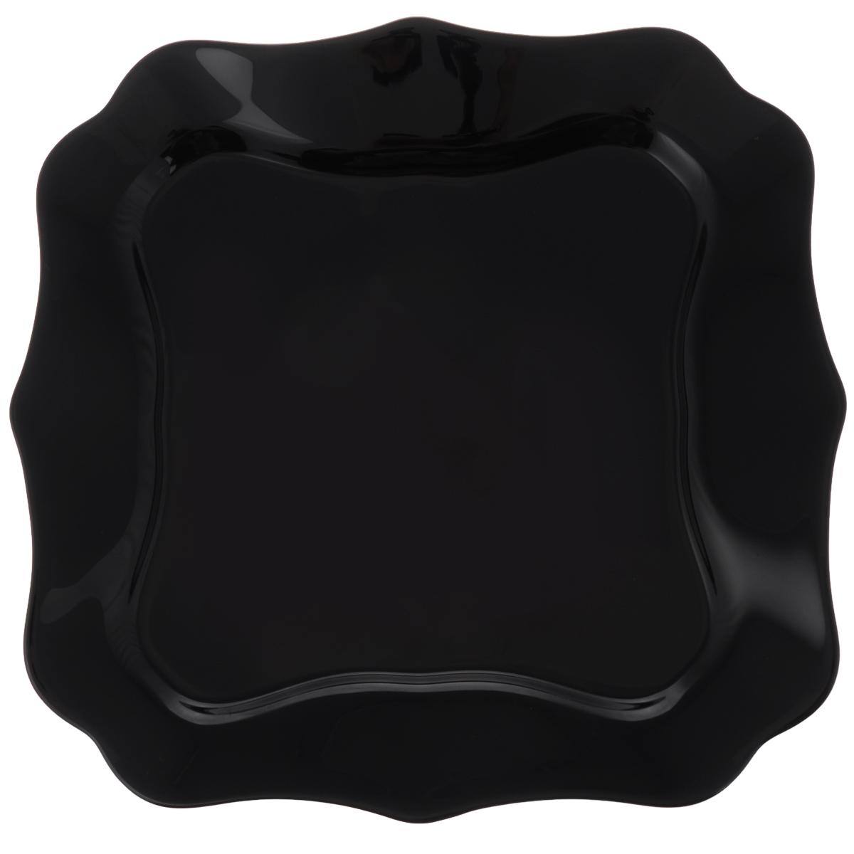Тарелка десертная Luminarc Authentic Black, 21 х 21 см54 009312Десертная тарелка Luminarc Authentic Black, изготовленная из ударопрочного стекла, имеет изысканный внешний вид. Такая тарелка прекрасно подходит как для торжественных случаев, так и для повседневного использования. Идеальна для подачи десертов, пирожных, тортов и многого другого. Она прекрасно оформит стол и станет отличным дополнением к вашей коллекции кухонной посуды. Размер тарелки (по верхнему краю): 21 х 21 см.