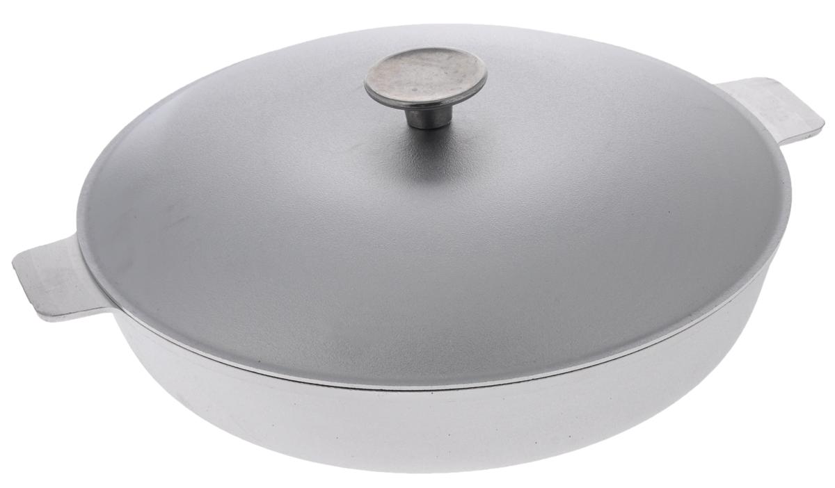 Сковорода Биол с крышкой. Диаметр 30 см54 009312Сковорода Биол изготовлена из литого алюминия. Изделие оснащено плотно прилегающей крышкой, позволяющей сохранить аромат готовящегося блюда.Сковорода снабжена двумя эргономичными ручками и имеет рельефное дно. Нельзя оставлять приготовленную пищу в посуде для хранения. Сковороду можно использовать на всех типах плит, кроме индукционных. Рекомендовано мыть вручную. Высота стенки: 6,2 см.Диаметр (по верхнему краю): 30 см.Ширина (с учетом ручек): 36,2 см.