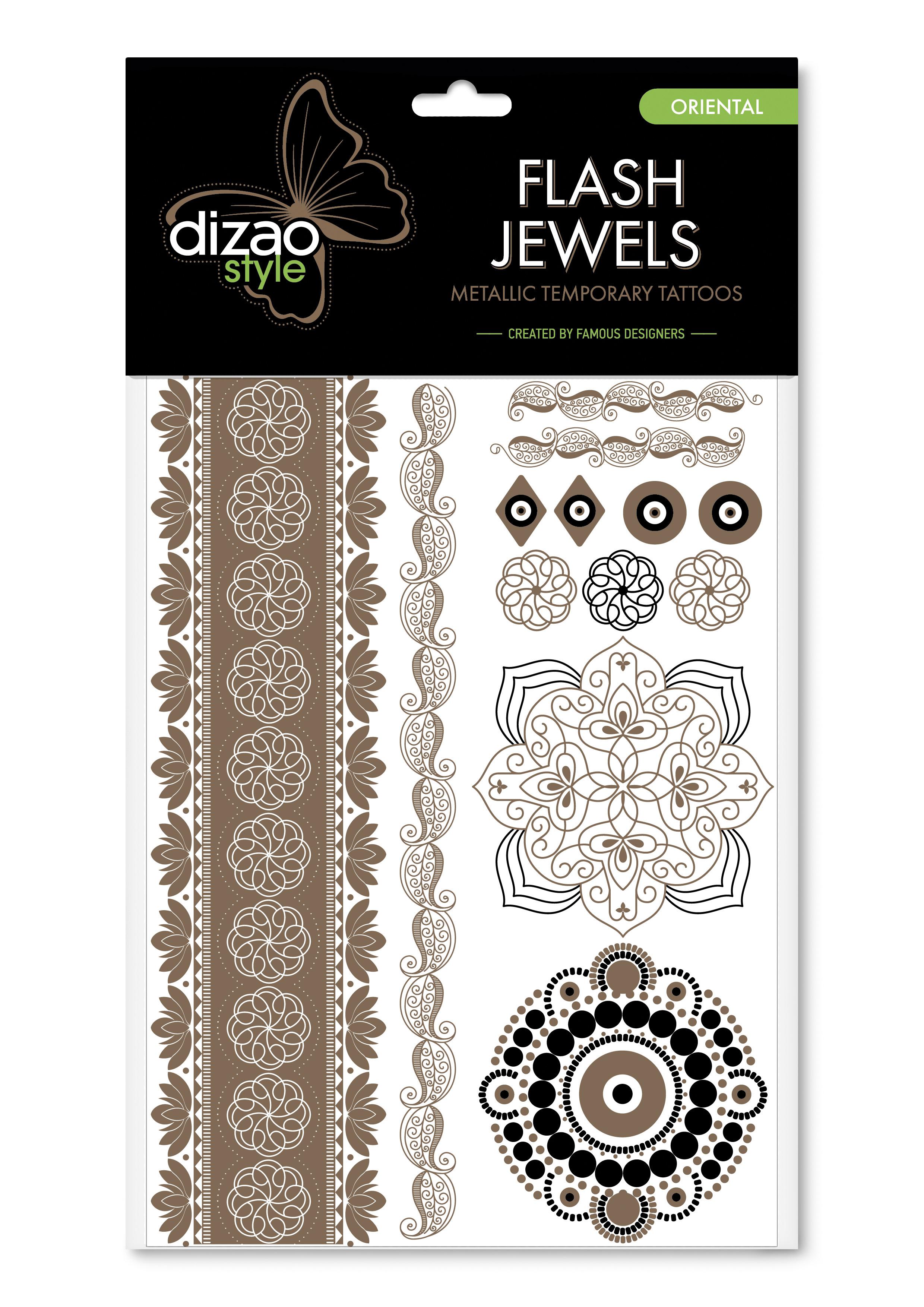 Dizao Временные золотые тату Flash Jewels: Восток5292452002502Оригинальные золотистые временные татуировки Dizao Flash Jewels: Восток позволят вам добавить изысканный штрих к вашему образу. В набор входит множество разнообразных дизайнов, которые вы сможете сочетать по своему вкусу.Откройте для себя мир идеальных линий и оригинальных дизайнов, которые заблистают на вашей коже благородным блеском золота и серебра. Позвольте украшениям стать органичной частью вашего тела. Следуйте самым последним тенденциям и всегда оставайтесь на пике моды. Подарите себе роскошь и непревзойденный стиль с тату Dizao. Премиальные золотые временные тату Flash Jewels: - имеют уникальные дизайны -держатся на коже продолжительное время, не теряя привлекательности-легко наносятся и удаляются-не вызывают покраснений и раздражений, не содержат токсичных компонентов Применять временные тату невероятно легко: вырежьте понравившуюся аппликацию, наложите ее рисунком вниз на сухую чистую кожу, прижмите к аппликации мокрую губку или ватный диск в течении 30 секунд, а затем удалите бумагу и позвольте аппликации высохнуть. Для того, чтобы удалить временную татуировку, нанесите на аппликацию косметическое или оливковое масло и осторожно сотрите ватным диском.