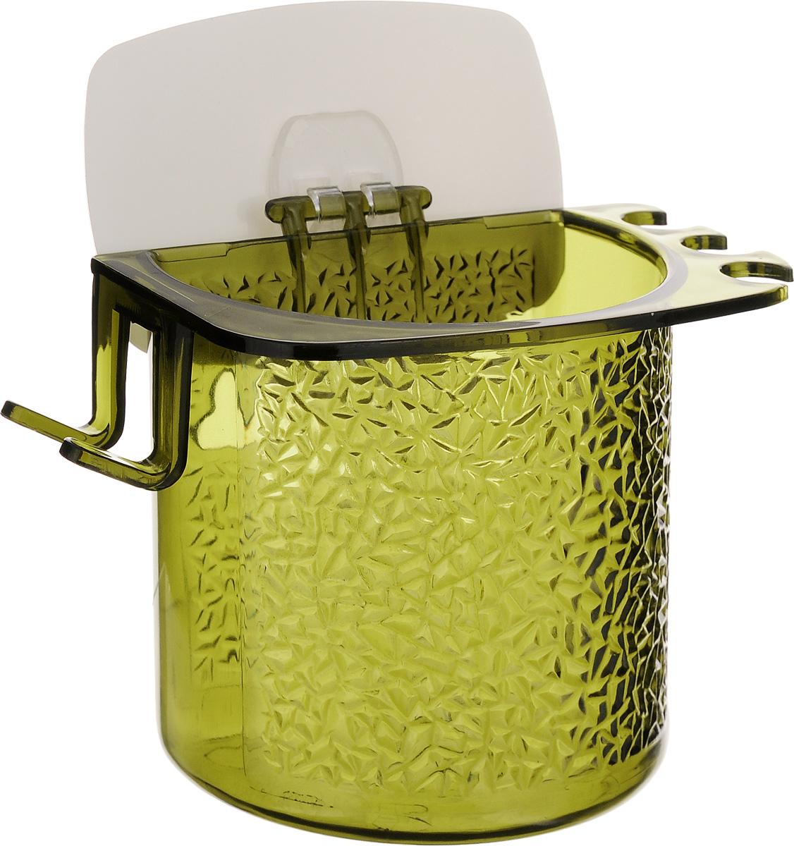 Стакан для ванной Fresh Code, на липкой основе, цвет: зеленый531-105Стакан для ванной комнаты Fresh Code выполнен из ABS пластика. Крепление на липкой основе многократного использования идеально подходит для гладкой поверхности. С оборотной стороны изделие оснащено двумя отверстиями для удобного размещения на стене.В стакане удобно хранить зубные щетки, пасту и другие принадлежности. Аксессуары для ванной комнаты Fresh Code стильно украсят интерьер и добавят в обычную обстановку яркие и модные акценты. Стакан идеально подойдет к любому стилю ванной комнаты.