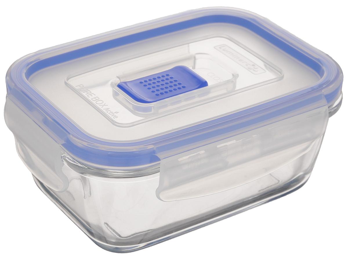 Контейнер Luminarc Pure Box Active, цвет: прозрачный, синий, 380 мл. J5628VT-1520(SR)Прямоугольный контейнер Luminarc Pure Box Active изготовлен из жаропрочного закаленного стекла и предназначен для хранения любых пищевых продуктов. Благодаря особым технологиям изготовления, лотки в течении времени службы не меняют цвет и не пропитываются запахами. Пластиковая крышка с силиконовой вставкой герметично защелкивается специальным механизмом. Контейнер Luminarc Pure Box Active удобен для ежедневного использования в быту.Можно мыть в посудомоечной машине и использовать в СВЧ.Размер контейнера (с учетом крышки): 14,5 х 11 х 6 см.