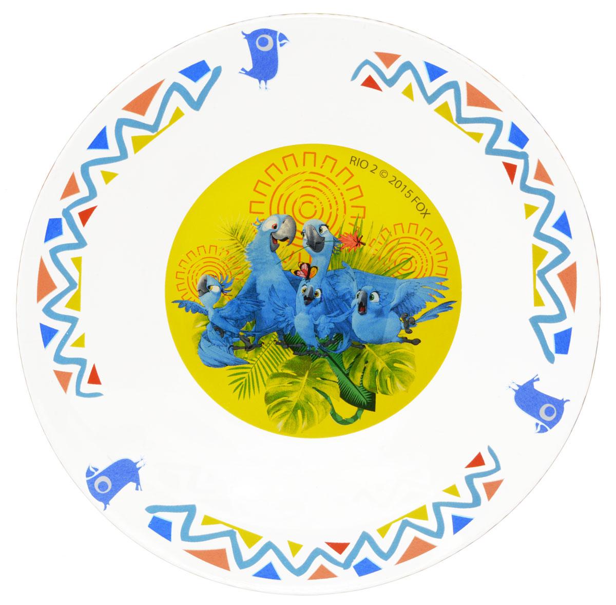 Рио Тарелка детская диаметр 19,5 см120809Яркая тарелка Рио идеально подойдет для кормления малыша и самостоятельного приема им пищи. Тарелка выполнена из стекла и оформлена высококачественным изображением героев мультфильма Рио-2.Такой подарок станет не только приятным, но и практичным сувениром, добавит ярких эмоций вашему ребенку! Не подходит для использования в посудомоечной машине.