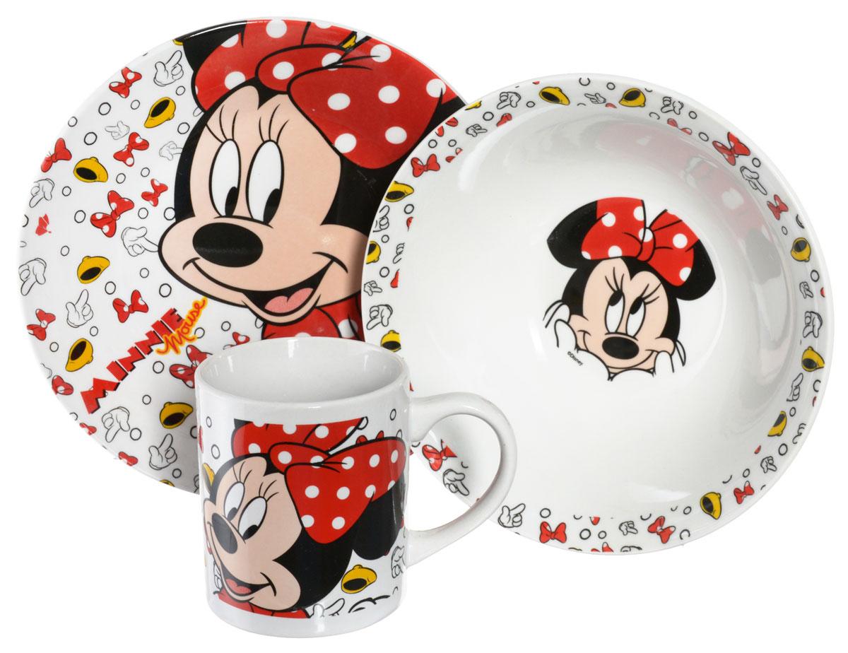 Disney Набор детской посуды Minnie Mouse 3 предмета70165Набор детской посуды Disney Minnie Mouse, выполненный из керамики, состоит из кружки, тарелки и салатника. Изделия оформлены изображением знаменитой Минни Маус. Материалы изделий нетоксичны и безопасны для детского здоровья. Детская посуда удобна и увлекательна для вашего малыша. Привычная еда станет более вкусной и приятной, если процесс кормления сопровождать игрой и сказками о любимых героях. Красочная посуда является залогом хорошего настроения и аппетита ваших детей. Можно использовать в СВЧ-печи и посудомоечной машине. Диаметр тарелки: 19 см. Диаметр салатника: 17,5 см. Высота салатника: 6 см. Объем кружки: 210 мл. Диаметр кружки (по верхнему краю): 7 см. Высота кружки: 8 см.