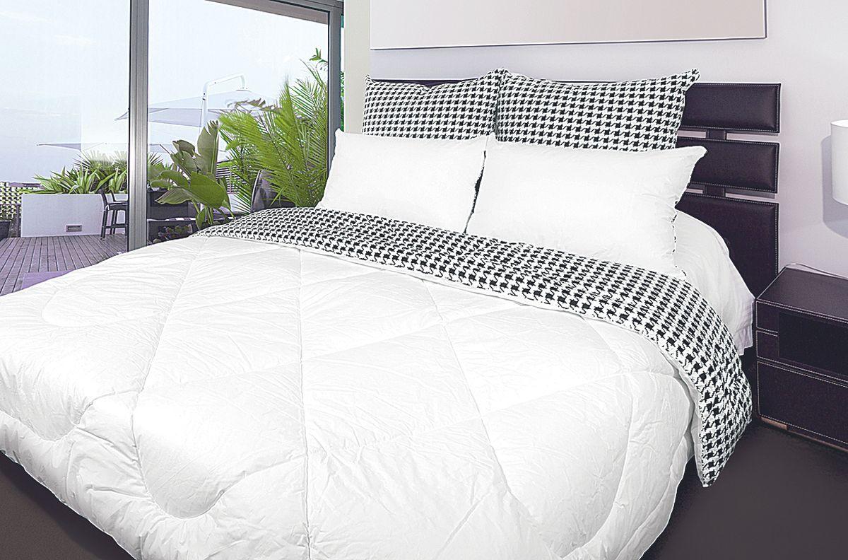 Одеяло Fashion Fantasy, наполнитель: лебяжий пух, цвет: черный, белый, 140 х 205 см68/1/7Чехол одеяла Fashion Fantasy выполнен из перкаля. Наполнитель - лебяжий пух. Одеяло простегано - значит, наполнитель внутри будет всегда распределен равномерно. Идеально подойдет тем, кто ценит мягкость и тепло. Размер: 140 х 205 см.