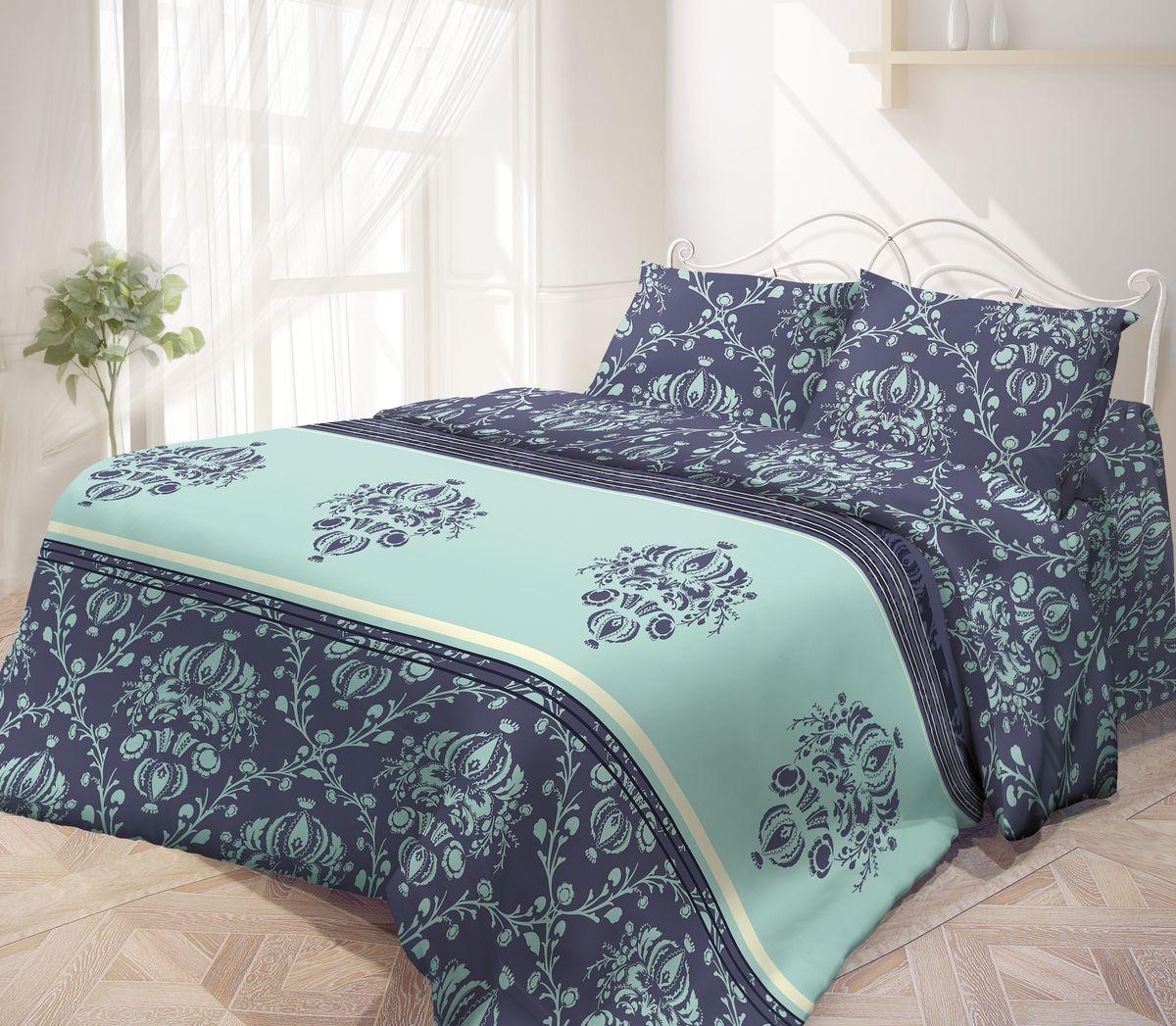Комплект белья Гармония, семейный, наволочки 70х70, цвет: темно-синий, голубойS03301004Комплект постельного белья Гармония является экологически безопасным, так как выполнен из поплина (100% хлопка). Комплект состоит из двух пододеяльников, простыни и двух наволочек. Постельное белье оформлено красивым орнаментом и имеет изысканный внешний вид. Постельное белье Гармония - лучший выбор для современной хозяйки! Его отличают демократичная цена и отличное качество. Поплин мягкий и приятный на ощупь. Кроме того, эта ткань не требует особого ухода, легко стирается и прекрасно держит форму. Высококачественные красители, которые используются при производстве постельного белья, сохраняют свой цвет даже после многочисленных стирок.