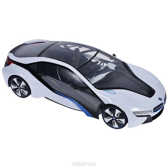 машинка на радиоуправлении bmw i8 выполнена в масштабе 1:14. машинка радиоуправляемая в наборе с пультом дистанционного управления, сделанным в виде руля машины, так что ребенок может почувствовать себя настоящим водителем машинки радиоуправляемой. машинка на радиоуправлении передвигается вперед/назад, поворачивает вправо/влево, останавливается.