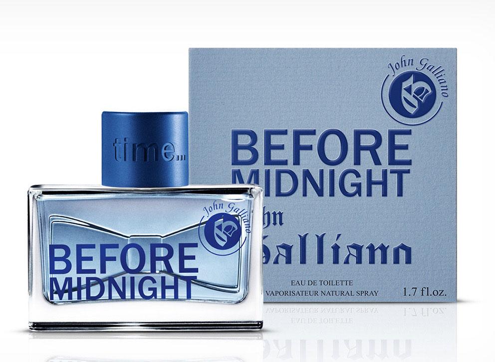 John Galliano Туалетная вода BEFORE MIDNIGHT мужская, 50 мл1301210Before Midnight- это первый аромат для мужчин в парфюмерной коллекцииJohn Galliano, который выходит в свет весной 2013 года. Композиция заявлена как радостная, красочная и эксцентричная, но при этом элегантная и вечерняя. Аромат может быть описан такими словами как ослепительный, театральный и гламурный. Before Midnight описывается как изысканная восточно-древесная композиция, запоминающаяся и уникальная. Она открывается свежими и бодрящими нотами зеленого яблока, белого перца и кардамона. Лист фиалки, лаванда и сочная слива образуют сердце. Наконец, база включает сухую амбру, бобы тонка, табак и древесные аккорды.