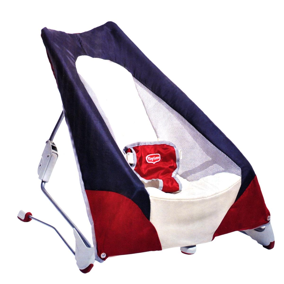 """Переносной баунсер """"Tiny Love"""" - это удобное кресло для детей с самого рождения, которое позволит вашему малышу чувствовать себя комфортно как дома, так и в любом другом месте. Благодаря полувертикальному положению малыш сможет смотреть на мир под новым углом и общаться со взрослыми на одном уровне. Ремни безопасности не дадут ребенку упасть. Баунсер не требует сборки и легко складывается для удобной транспортировки. В таком кресле вашему малышу будет максимально комфортно и безопасно!"""