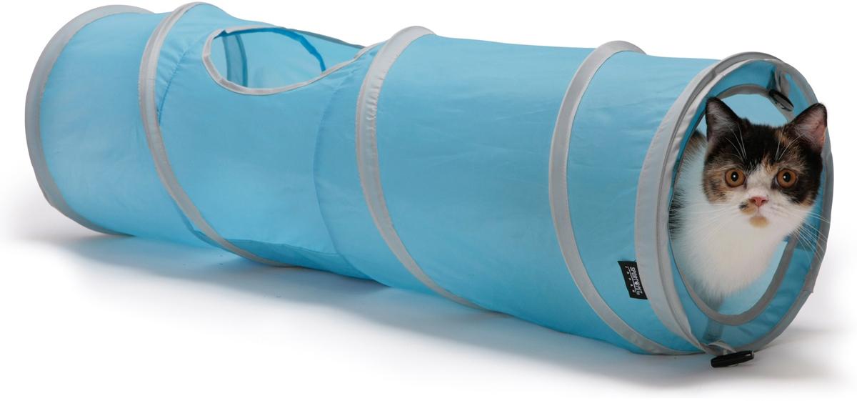 Домик для кошек SportPet Designs Космос, цвет: голубой, 28 х 91 х 28 см0120710Домик для кошек SportPet Designs Космос, выполненный в виде тоннеля, обязательно понравится вашей кошке. Тоннель подойдет для подвижных игр, может стать уютным местом для отдыха, а также идеально подходит для того, чтобы прятаться и внезапно атаковать. Домик изготовлен из прочной ткани, устойчивой к повреждениям. Благодаря гибкому встроенному каркасу, тоннель легко складывается и не занимает много места. Шелестящая внутренняя набивка добавляет интерес к игре и развлечениям. Изделие содержит закрепляющие петли, благодаря чему можно добавлять кубы и другие тоннели для создания большой игровой площадки. Домик оснащен чехлом для транспортировки.