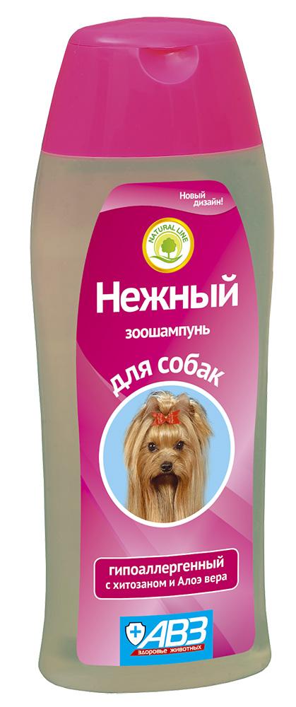 Шампунь АВЗ Нежный, гипоалергенный для собак с хитозаном и алоэ Вера, 270 мл0120710Специально разработанный гипоалергенный шампуньАВЗ Нежный предназначен для мытья шерсти собак. Он создан на основе натуральных ингредиентов для чувствительной кожи.Мягкаяформула шампуня бережно и нежно очищает кожу и шерсть от загрязнений, не вызывает аллергических реакций.Состав: сукцинат хитозана и алоэвера.Увлажняет, питает и восстанавливает шерсть, способствуетлегкому расчесыванию.Прекрасно отмывает шерсть, придает блеск, способствует легкому расчесыванию, облегчает линьку животного.