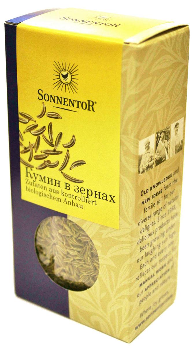 Sonnentor Кумин в зернах, 40 гNT732Sonnentor Кумин - изысканность вкуса. Эта специя считается родственницей петрушки, имеет приятный, слегка резковатый вкус и пикантный аромат, а ее семена чем-то напоминают тмин. Второе название - зира. Эта специя незаменима при консервировании овощей (капусты, огурцов, помидоров, грибов), а в приготовлении настоящего восточного плова молотый кумин занимает почетное место вместе с барбарисом, шафраном, смесью перцев, паприкой, ароматными травами и чесноком. Зирой приправляют супы, салаты, холодные закуски, горячие овощные, мясные и рыбные блюда. Кумин облагораживает вкус кисломолочных продуктов (йогурта, простокваши, творога, сыров), выпечки, кондитерских изделий и напитков. Кумин в сочетании с фенхелем, кардамоном и корицей добавляют в варенье и фруктовые салаты.