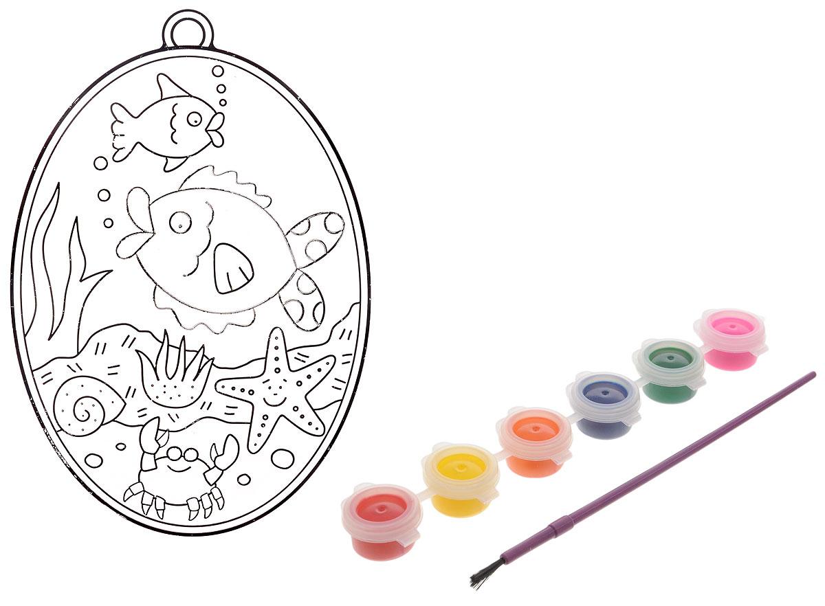 """С набором для создания витража Centrum """"Подводный мир"""" ваш ребенок сможет почувствовать себя настоящим художником и своими руками раскрасить оригинальный витраж с изображением подводного царства. В набор уже входит все необходимое: краски, кисть, витраж и текстильная нить. Процесс создания витража прост и увлекателен, с ним сможет справиться даже ребенок. Аккуратно раскрасьте витраж красками так, как подскажет вам ваша фантазия, и дождитесь полного высыхания - для этого должно пройти не менее 12 часов. Великолепный витраж готов! Такой витраж станет предметом гордости малыша. Игры с набором для создания витража подарят вашему малышу массу удовольствия, и помогут развить мелкую моторику рук, аккуратность, усидчивость и художественный вкус. А готовый витраж станет оригинальным украшением для интерьера, а также прекрасным подарком на любой праздник."""