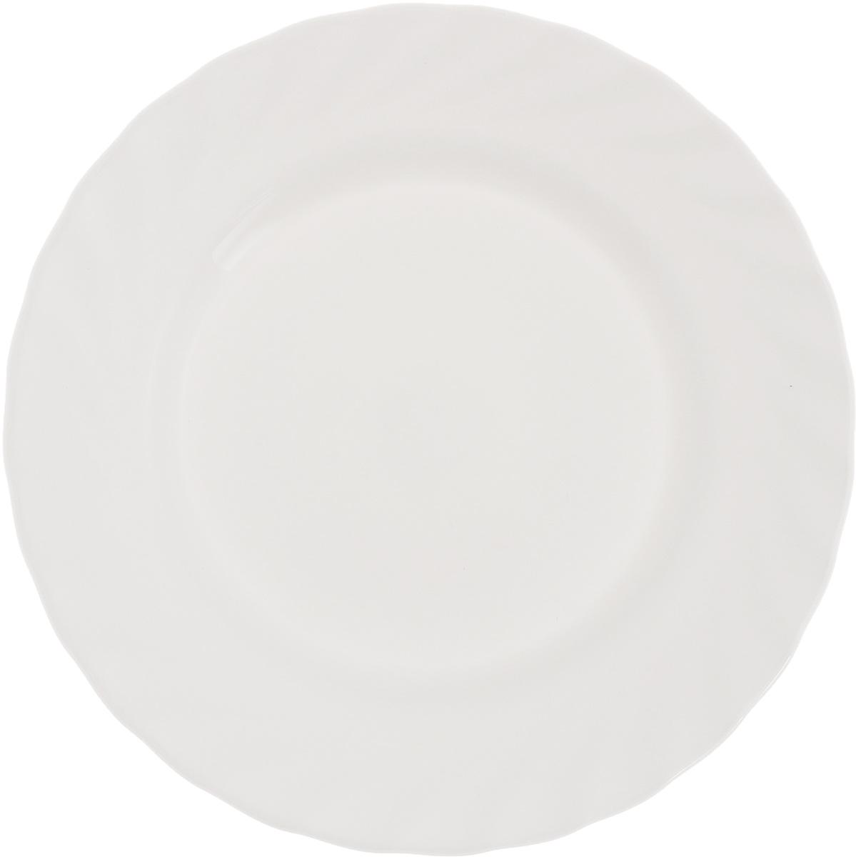 Тарелка десертная Luminarc Trianon, диаметр 19,5 см54 009312Десертная тарелка Luminarc Trianon, изготовленная из ударопрочного стекла, имеет изысканный внешний вид. Такая тарелка прекрасно подходит как для торжественных случаев, так и для повседневного использования. Идеальна для подачи десертов, пирожных, тортов и многого другого. Она прекрасно оформит стол и станет отличным дополнением к вашей коллекции кухонной посуды. Диаметр тарелки (по верхнему краю): 19,5 см. Высота тарелки: 1,7 см.