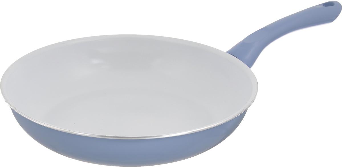 Сковорода Calve, с керамическим покрытием, цвет: голубой. Диаметр 26 см. CL-191454 009312Сковорода Calve выполнена из высококачественного алюминия с керамическим покрытием, благодаря чему пища не пригорает и не прилипает во время готовки. А также изделие имеет внешнее элегантное жаростойкое покрытие. Сковорода оснащена удобной бакелитовой ручкой с отверстием для подвешивания. Подходит для всех типов плит. Можно мыть в посудомоечной машине. Диаметр сковороды (по верхнему краю): 26 см. Высота стенки: 5,5 см. Длина ручки: 19 см. Диаметр основания: 18,5 см. Толщина стенок: 2,5 мм. Толщина дна: 4 мм.