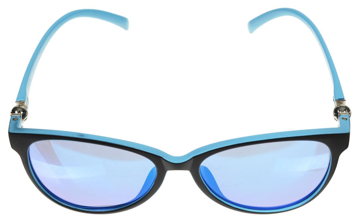Очки солнцезащитные женские Fabretti, цвет: голубой, черный. A1602-3INT-06501Солнцезащитные женские очки Fabretti выполнены с линзами из высококачественного пластика.Используемый пластик не искажает изображение, не подвержен нагреванию и вредному воздействию солнечных лучей, защищает от бликов, повышает контрастность и четкость изображения, снижает усталость глаз и обеспечивает отличную видимость. Линзы имеют степень затемнения Cat. 3.Пластиковая оправа очков, выполненная в оригинальной черно-голубой гамме, легкая, прилегающей формы и поэтому не создает никакого дискомфорта.Такие очки защитят глаза от ультрафиолетовых лучей, подчеркнут вашу индивидуальность и сделают ваш образ завершенным.