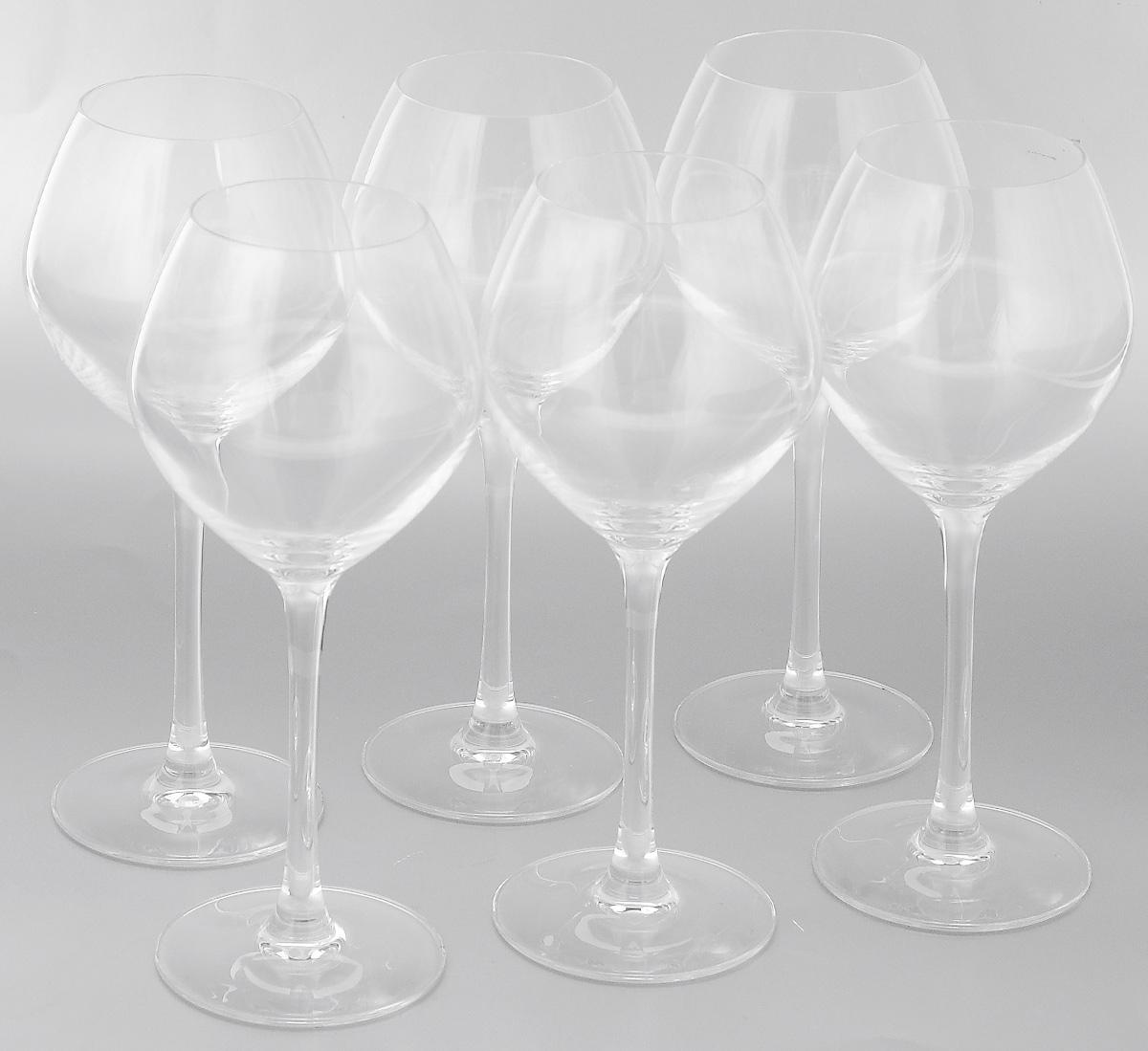 Набор фужеров Cristal dArques Wine Emotions, 6 шт440272BНабор Cristal dArques Wine Emotions состоит из 6 фужеров, выполненных из высококачественного стекла. Изделия сочетают в себе элегантный дизайн с максимальной функциональностью. Набор фужеров Cristal dArques Wine Emotions прекрасно оформит праздничный стол и создаст приятную атмосферу за романтическим ужином. А также станет хорошим подарком к любому случаю. Диаметр фужера по верхнему краю: 6 см. Высота фужера: 21 см. Диаметр основания фужера: 7,5 см.